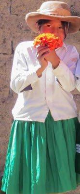 mariana y su ropa en quechua